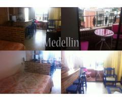 Apartamentos Amoblados en Alquiler - Medellín Cód: 4597