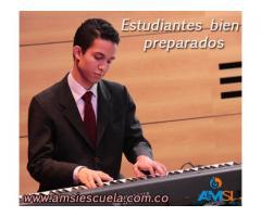Aprende a tocar Piano – Taller de música