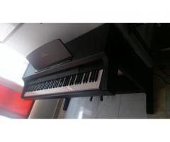 Clavinova Yamaha CLP-311