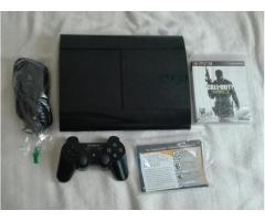 se vende play 3 super slim 250gb