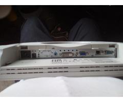Monitores ELO Touch de 15 Pulgadas Trabajo Pesado