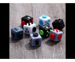 Cubo Fidget Anti Estrés Ansiedad-antiestrés Por Mayor 3.3 Cm