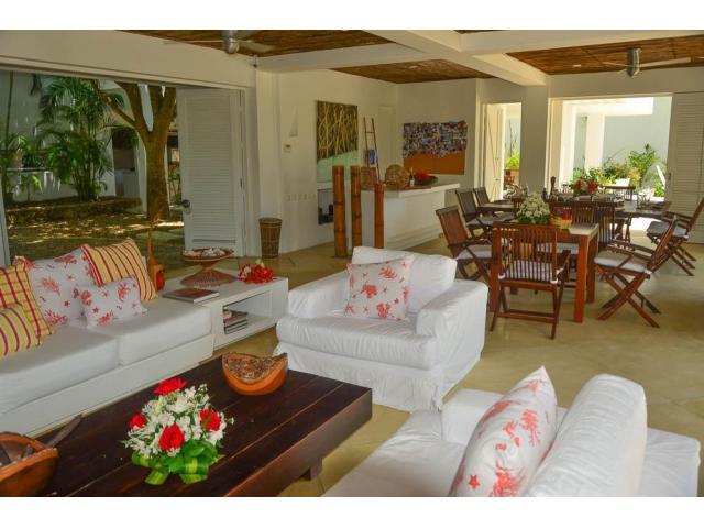 Hermosa casa en Venta en isla Baru zona Cholon - 3/5
