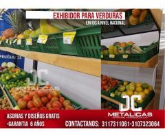 exhibición de verduras para supermercados