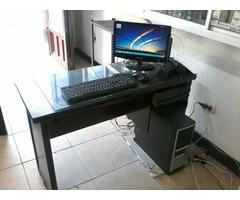 Vendo Computador de Escritorio + Escritorio de Madera Fina